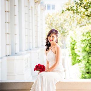 Vera Wang Wedding Dress $750 - Limited Ed Size 2